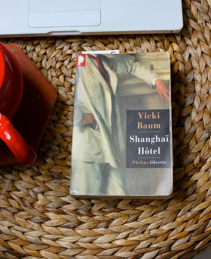 Shanghaï Hôtel, Vicky Baum