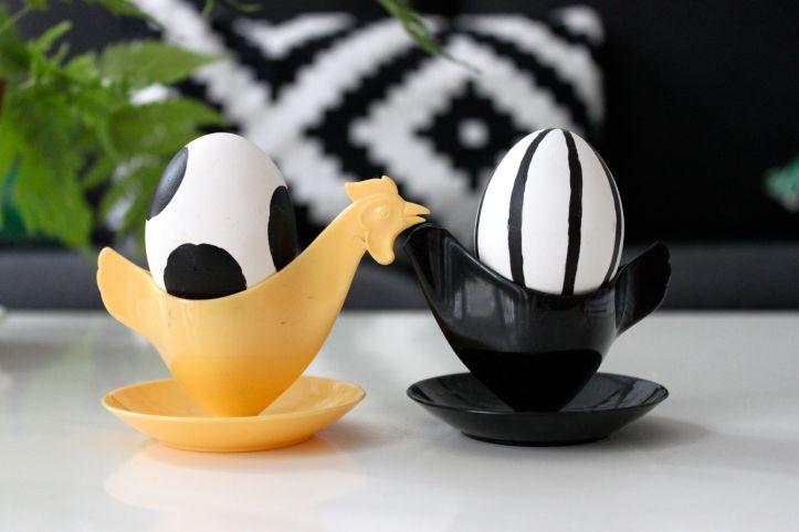 DIY oeufs de Paques noirs et blancs style Marimekko