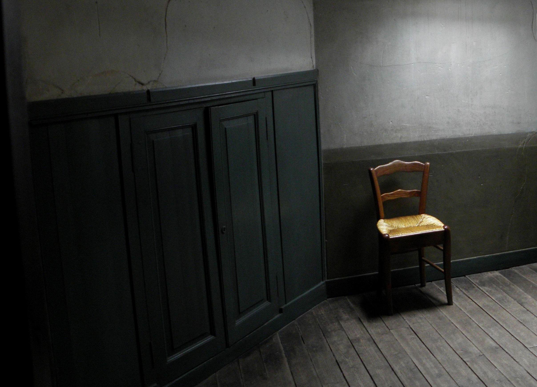 Emejing la chambre jaune vincent van gogh gallery for Chambre larousse