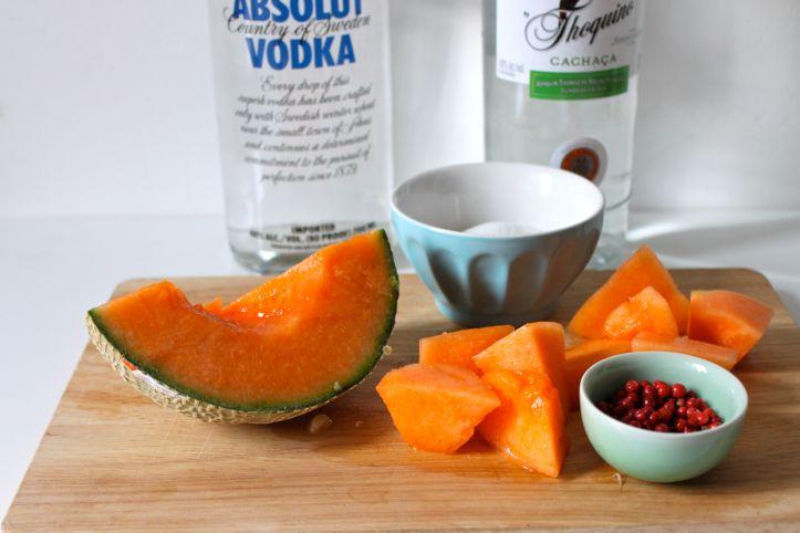 Recette caipirinha caipifruta melon baies roses