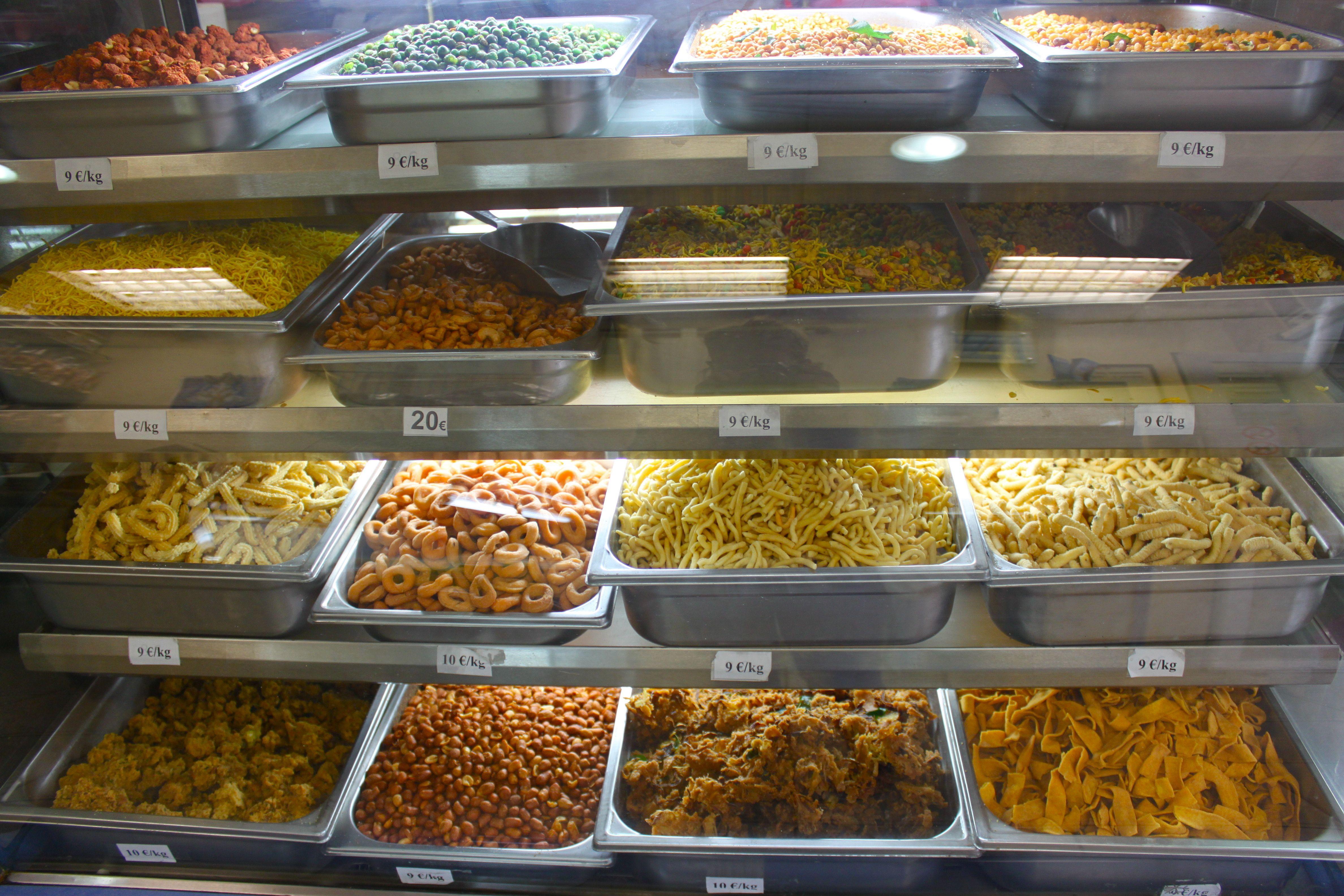 Ganesha Sweets , patisserie indienne et sri lankaise Paris , rue Perdonnet 2
