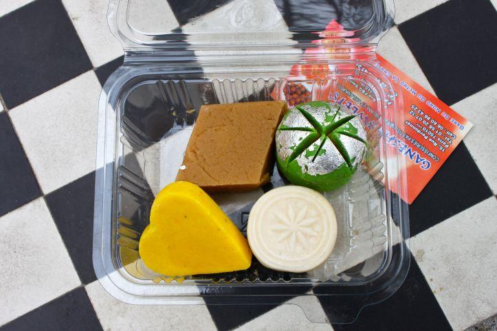 Ganesha Sweets - patisserie indienne et sri lankaise Paris - rue Perdonnet 6