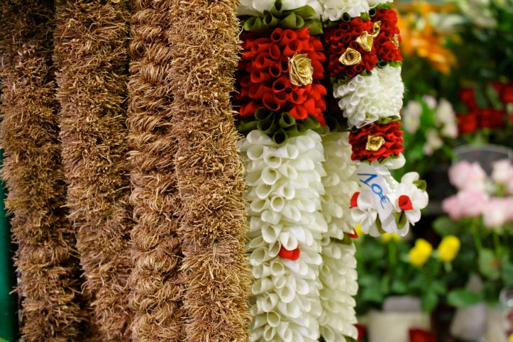 Hibiscus Fleurs - Fleuriste indien Paris - rue Perdonnet 3