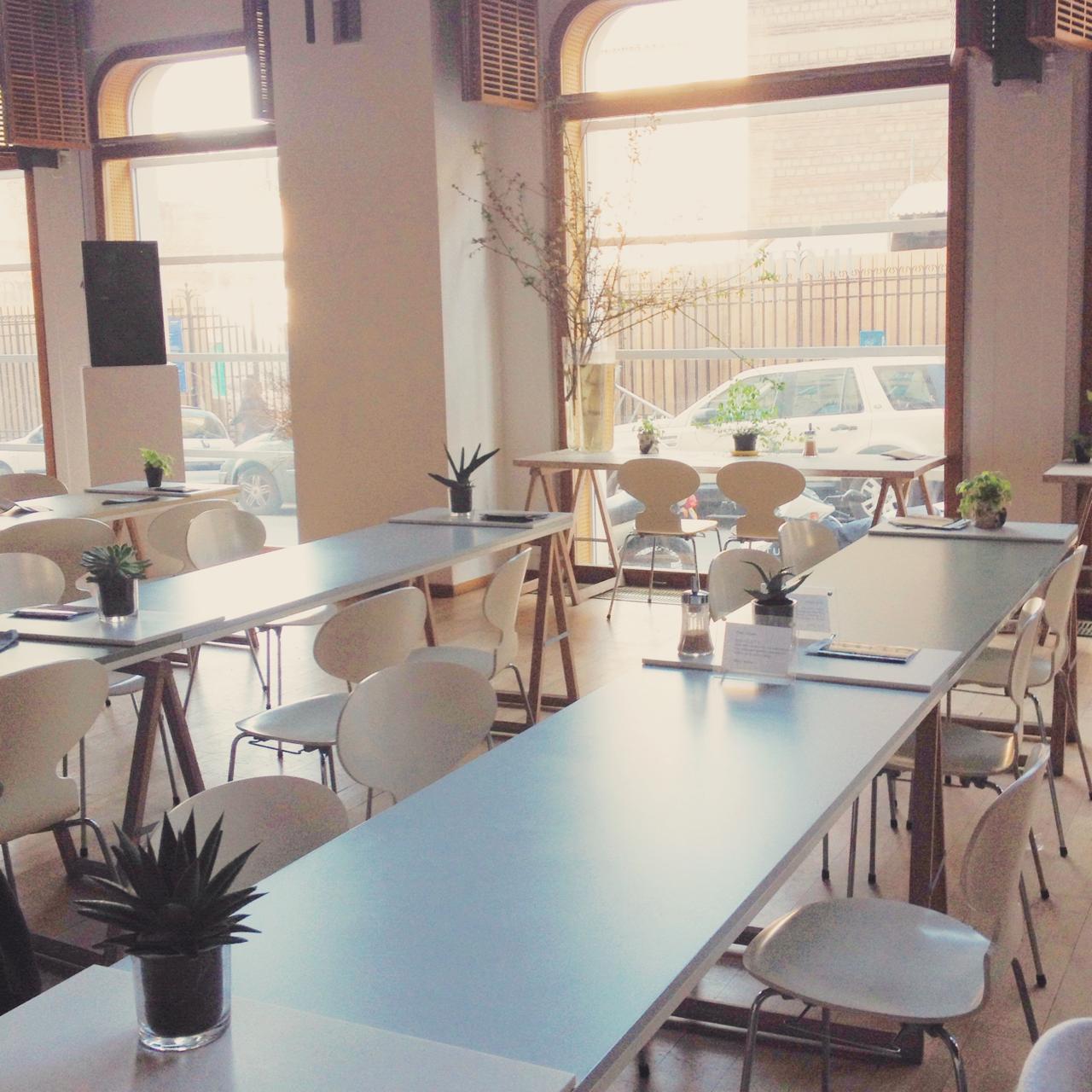 coup de coeur l instituutti un caf finlandais paris so many paris. Black Bedroom Furniture Sets. Home Design Ideas