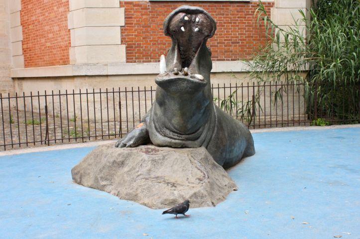 Statues hippopotames Menagerie Jardin des Plantes 1