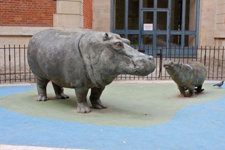 Statues hippopotames Menagerie Jardin des Plantes 3