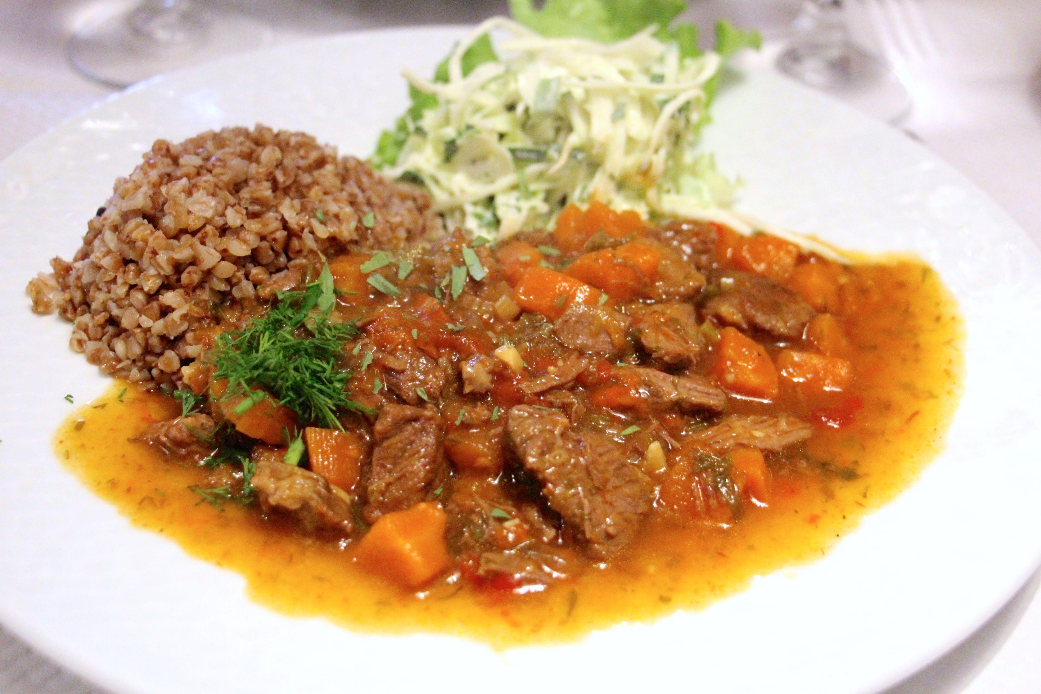 Resto ukraine la d couverte d une cuisine de kiev for Cuisine ukrainienne