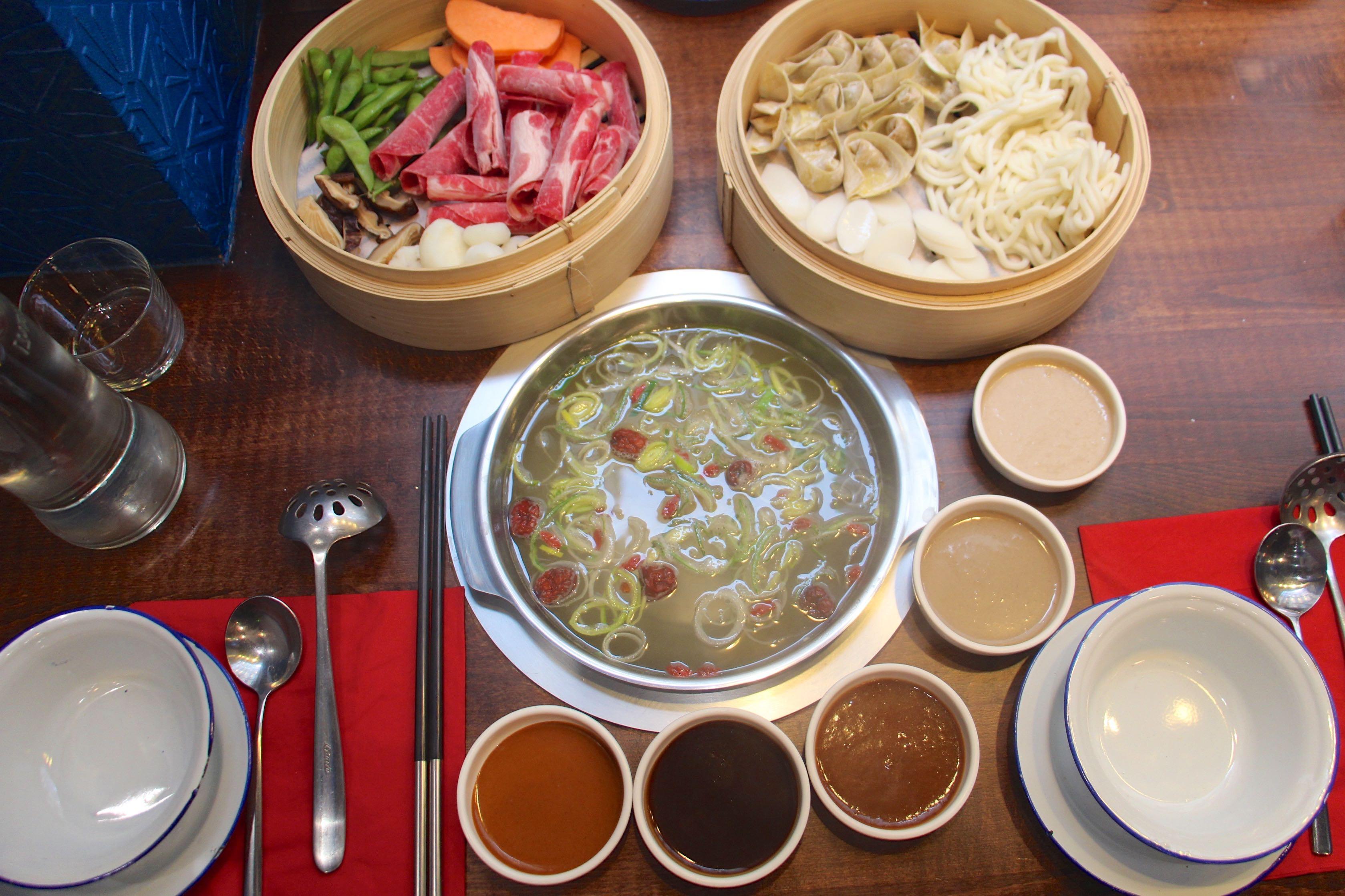 Shabu sha la fondue japonaise revisit e so many paris - Fondue vietnamienne cuisine asiatique ...