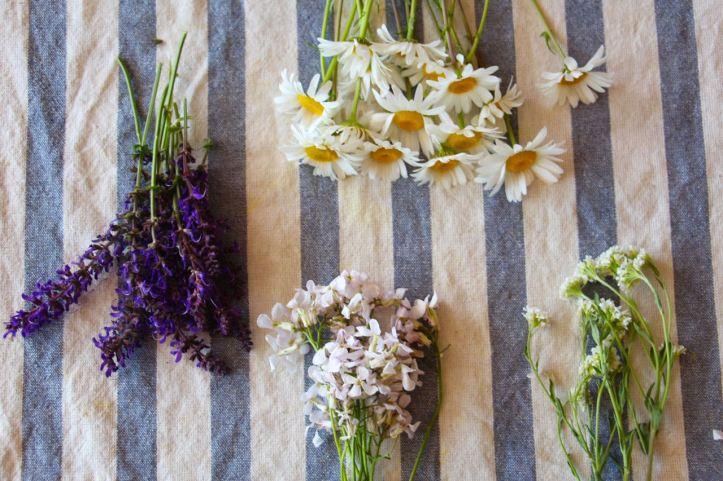 DIY Couronne fleurs Midsommar5