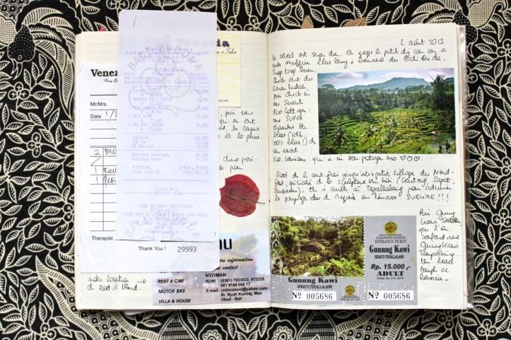 Carnet de voyage - offrandes de Bali 26