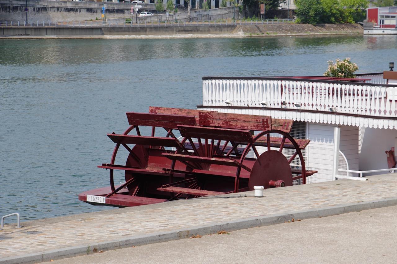 Mississippi sur seine les bateaux roue parisiens so - Bateau sur roues ...