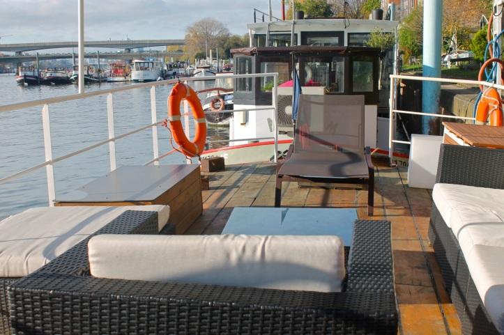 Click and Boat Péniche Asnieres sur Seine 14