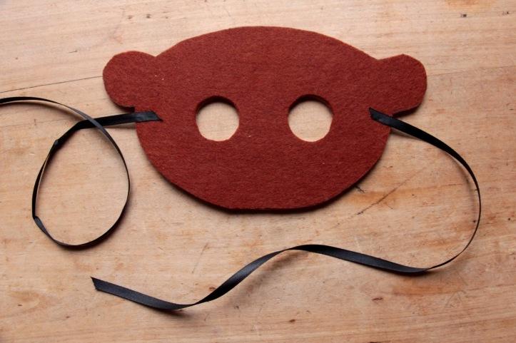 DIY Masque Singe en feutre - 4