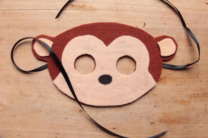DIY Masque Singe en feutre - 5