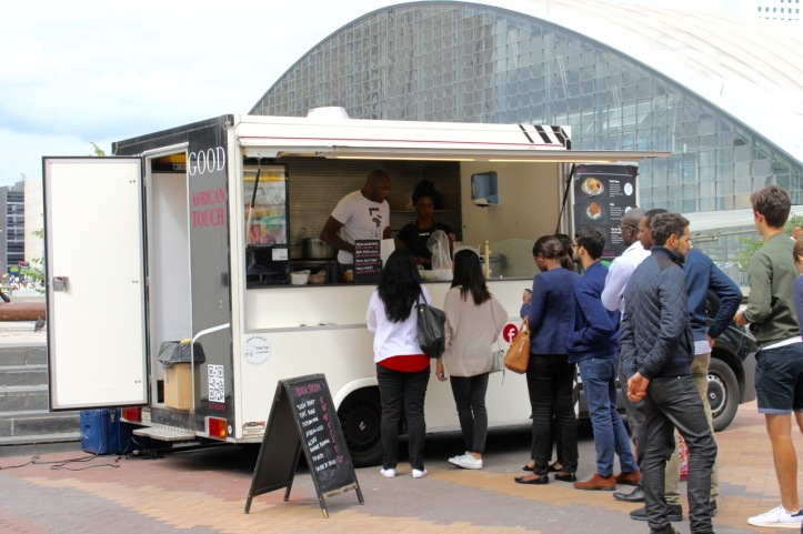 Black spoon Paris foodtruck africain - 4
